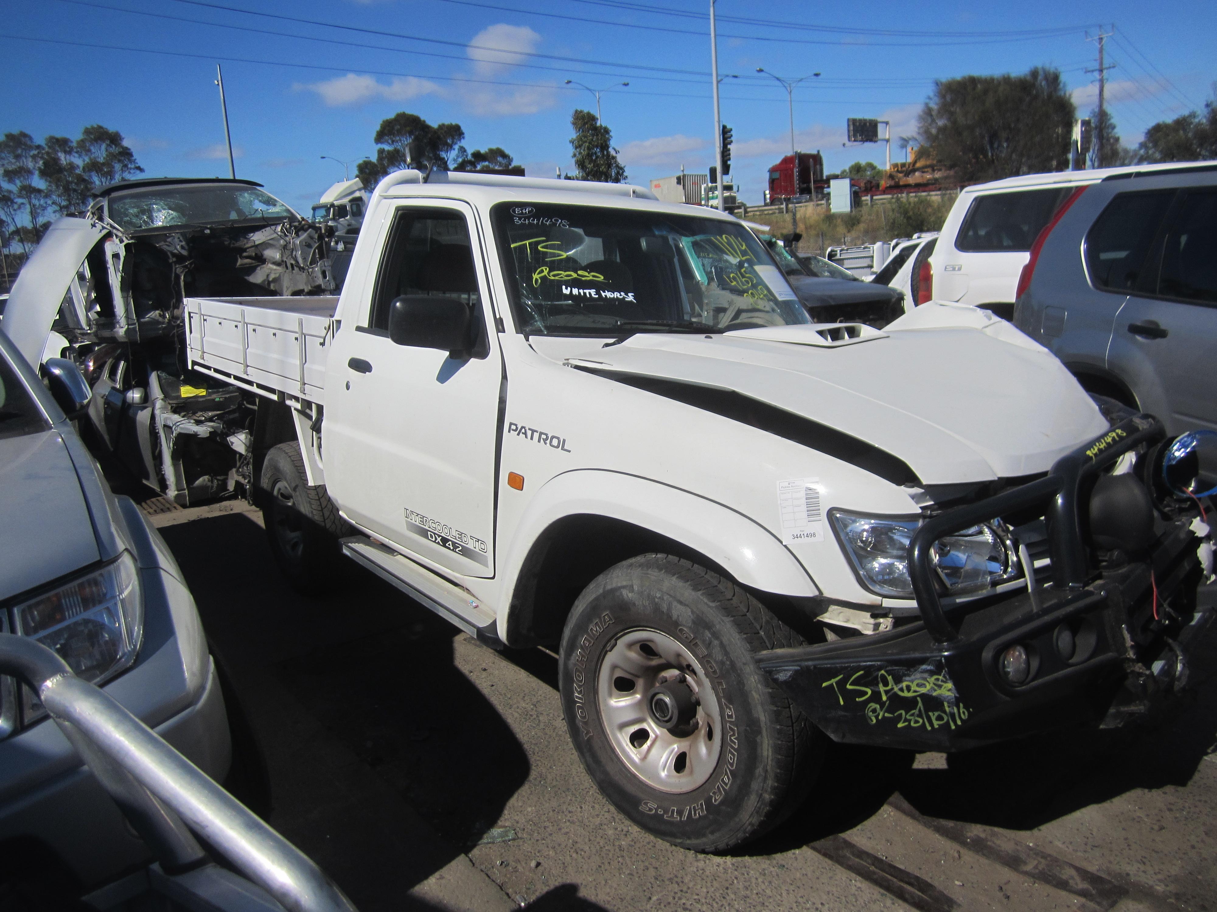 nissan patrol y61 ute 4 2 turbo diesel wrecking. Black Bedroom Furniture Sets. Home Design Ideas