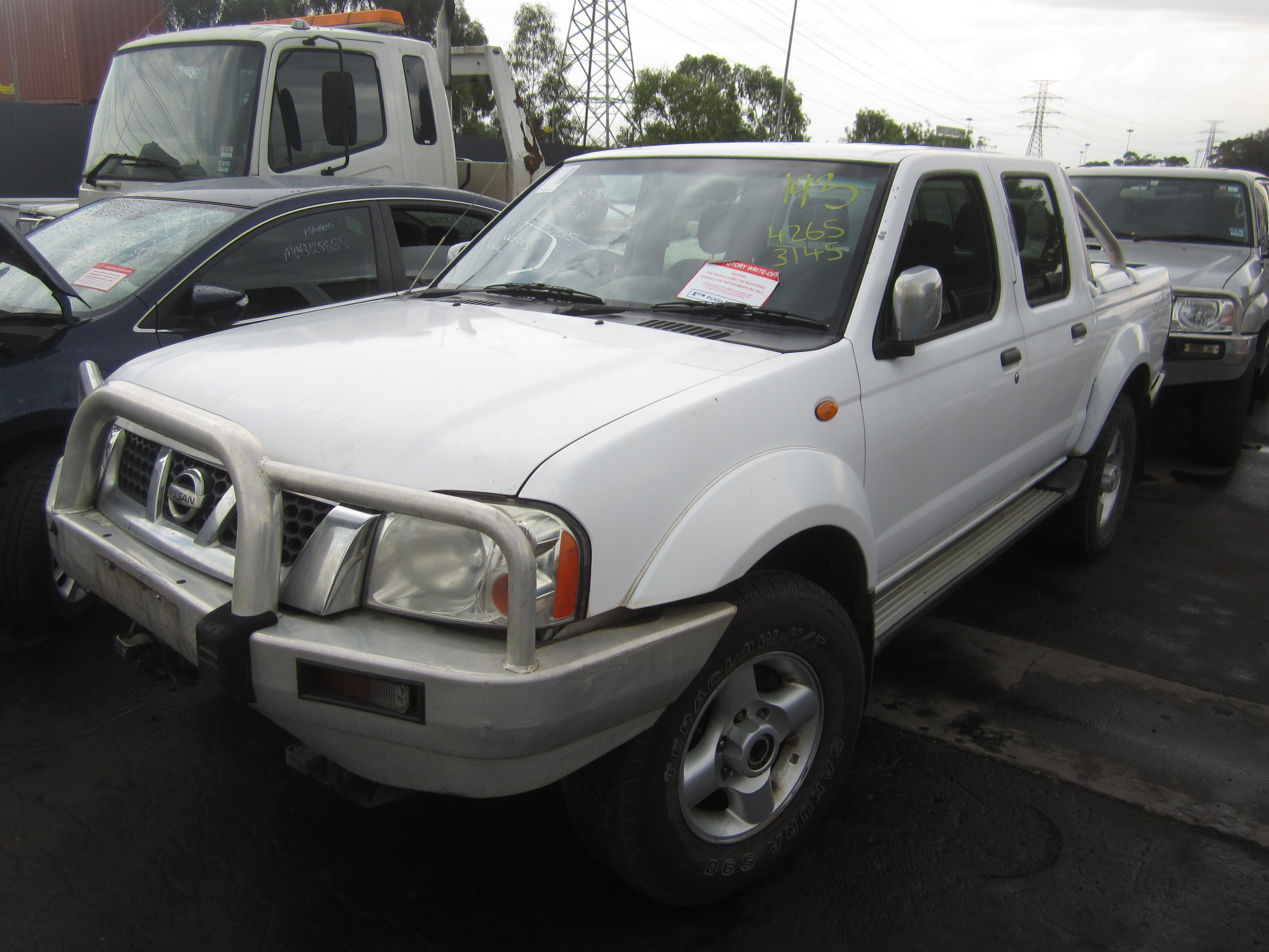nissan navara d21 d22 wreckers melbourne nissan spare. Black Bedroom Furniture Sets. Home Design Ideas