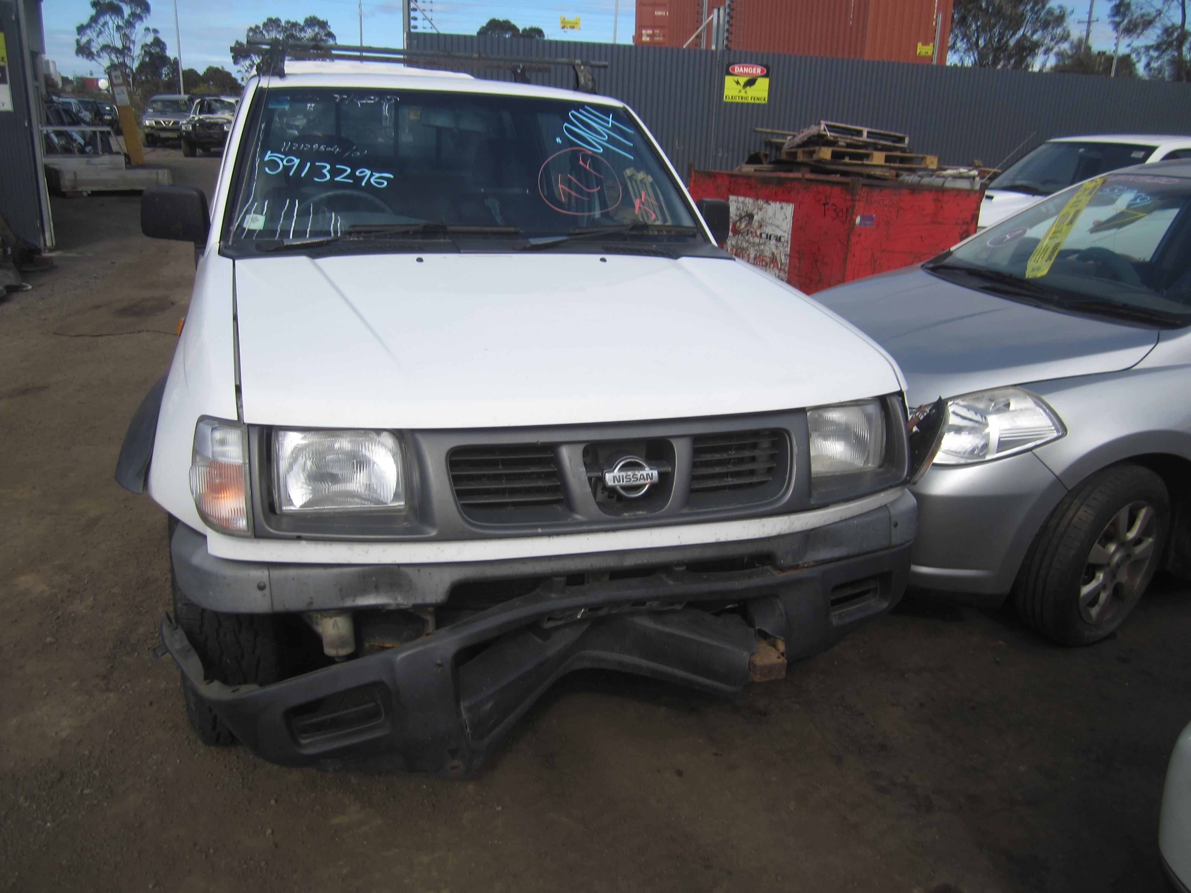 nissan navara d22 ka24 petrol 4x4 1999 wrecking. Black Bedroom Furniture Sets. Home Design Ideas